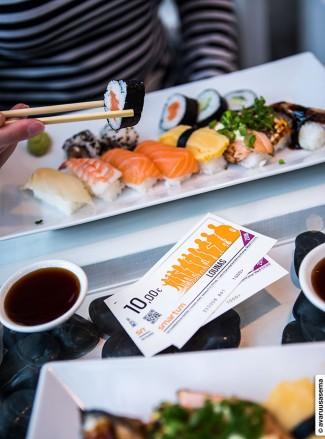 Sushi-lounaalla