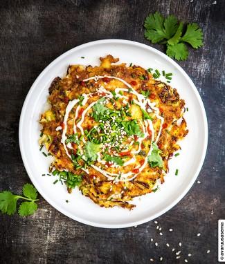 Okonomiyakit, street foodia Japanista